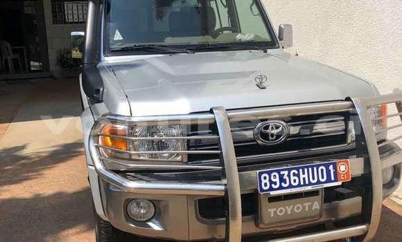 Acheter Occasion Voiture Toyota Land Cruiser Gris à Abidjan, Abidjan
