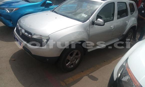 Acheter Importé Voiture Renault Duster Gris à Abidjan, Abidjan