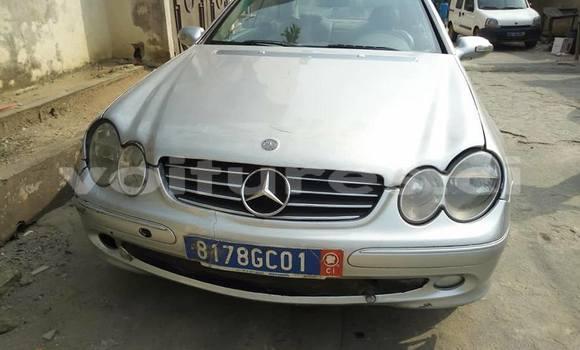 Acheter Occasion Voiture Mercedes-Benz CLK-klasse Gris à Abidjan, Abidjan