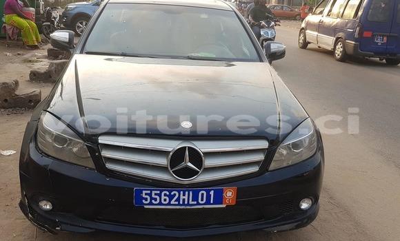 Acheter Occasion Voiture Mercedes‒Benz C-klasse Noir à Abidjan, Abidjan