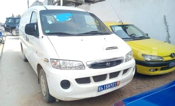 Acheter Occasion Voiture Hyundai H1 Blanc à Abidjan, Abidjan