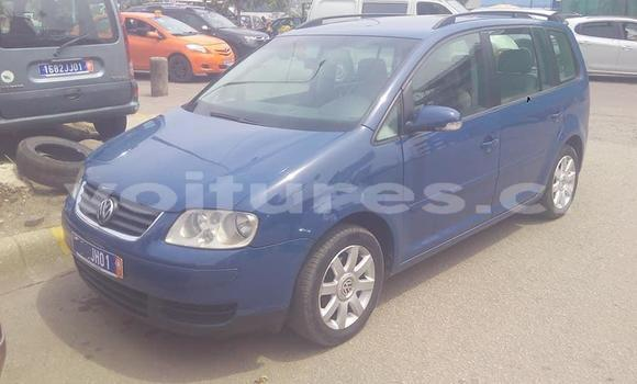 Acheter Importé Voiture Volkswagen Touran Bleu à Abidjan, Abidjan