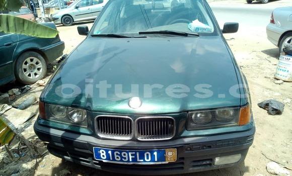 Acheter Occasion Voiture BMW 3–Series Vert à Abidjan, Abidjan