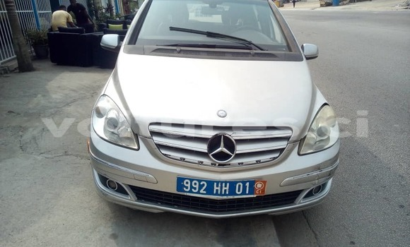 Acheter Occasion Voiture Mercedes-Benz B-klasse Gris à Abidjan, Abidjan