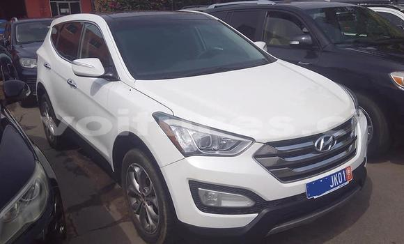 Acheter Importé Voiture Hyundai Santa Fe Blanc à Abidjan, Abidjan