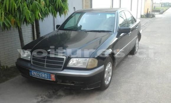Acheter Occasion Voiture Mercedes-Benz C-klasse Noir à Abidjan, Abidjan