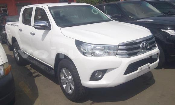 Acheter Importé Voiture Toyota Hilux Blanc à Abidjan, Abidjan