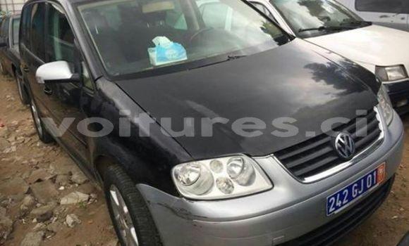 Acheter Occasion Voiture Volkswagen Touran Noir à Abidjan, Abidjan
