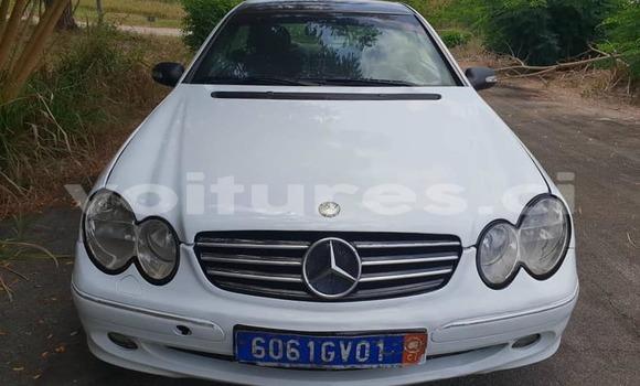 Acheter Occasion Voiture Mercedes‒Benz CLK-klasse Blanc à Abidjan, Abidjan