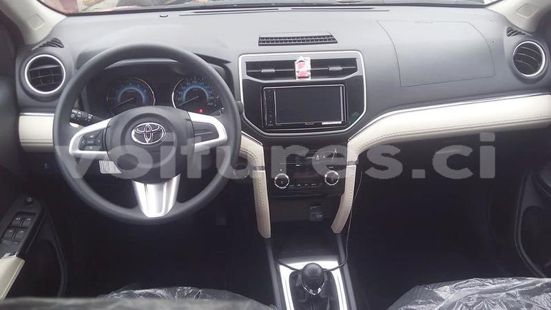 Buy New Toyota Rush Red Car in Abidjan in Abidjan - Voitures ci