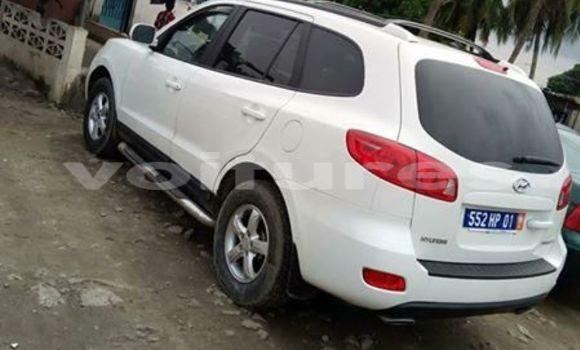 Acheter Occasion Voiture Hyundai Santa Fe Blanc à Abidjan au Abidjan