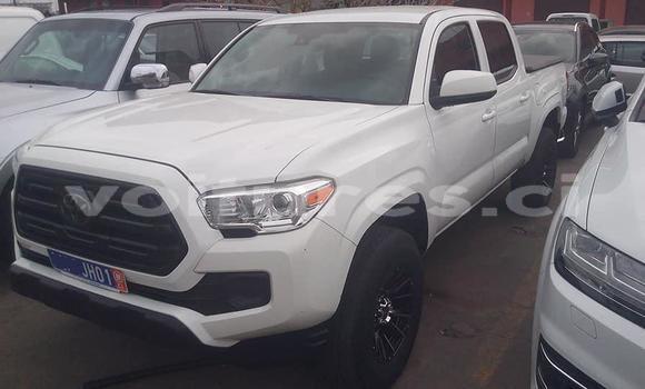 Acheter Importé Voiture Toyota Tacoma Blanc à Abidjan, Abidjan