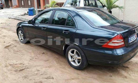Acheter Occasion Voiture Mercedes‒Benz KOMPRESSOR Noir à Abidjan au Abidjan
