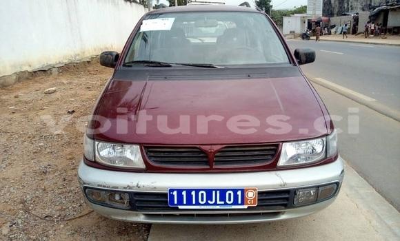 Acheter Occasion Voiture Mitsubishi Space Wagon Rouge à Abidjan, Abidjan