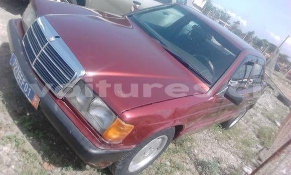 Acheter Occasion Voiture Mercedes‒Benz 190 Rouge à Abidjan, Abidjan