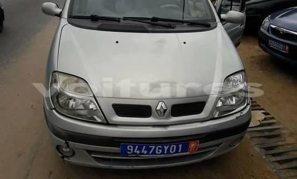 Acheter Occasion Voiture Renault Scenic Gris à Abidjan au Abidjan