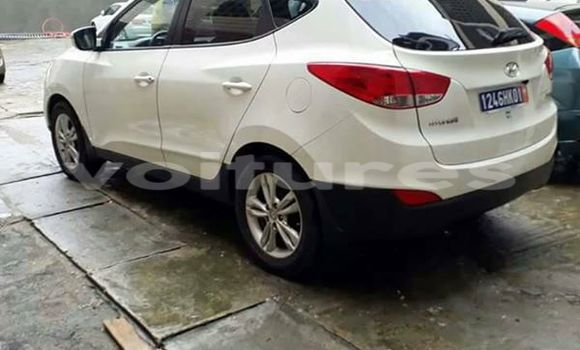 Acheter Occasion Voiture Hyundai ix35 Blanc à Abidjan, Abidjan