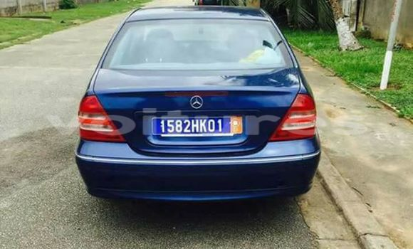 Buy Used Mercedes‒Benz C-Class Blue Car in Abidjan in Abidjan