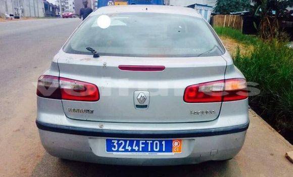 Acheter Occasion Voiture Renault Laguna Gris à Abidjan au Abidjan