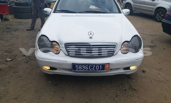 Buy Used Mercedes‒Benz C-Class White Car in Abidjan in Abidjan