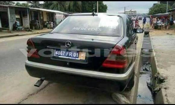 Acheter Occasion Voiture Mercedes‒Benz C-Class Noir à Abidjan au Abidjan
