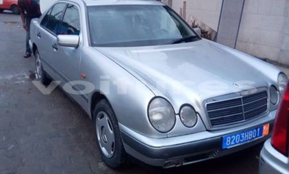 Buy Used Mercedes‒Benz C-Class Silver Car in Abidjan in Abidjan