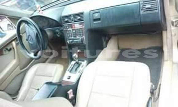 Buy Used Mercedes‒Benz 200 Other Car in Abidjan in Abidjan