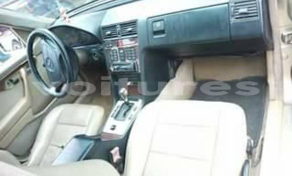 Acheter Occasion Voiture Mercedes‒Benz 200 Autre à Abidjan au Abidjan
