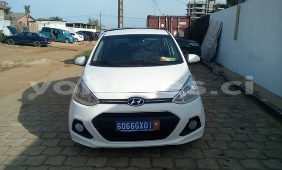 Acheter Occasion Voiture Hyundai i10 Blanc à Abidjan, Abidjan