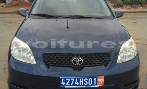 Acheter Occasion Voiture Toyota Matrix Bleu à Abidjan au Abidjan