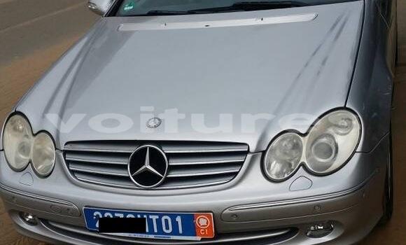 Acheter Occasion Voiture Mercedes‒Benz CLK–Class Gris à Abidjan, Abidjan