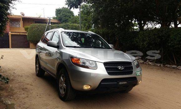 Acheter Occasion Voiture Hyundai Santa Fe Gris à Abidjan au Abidjan
