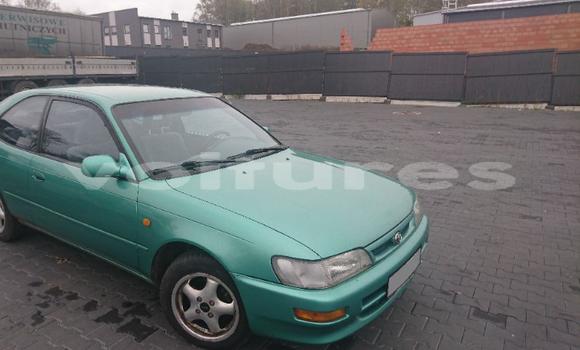 Acheter Occasions Voiture Toyota Corolla Vert à Abidjan au Abidjan