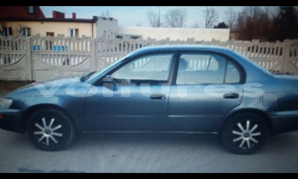 Acheter Occasion Voiture Toyota Corolla Bleu à Abidjan au Abidjan