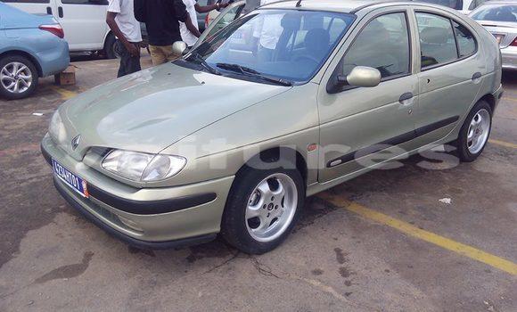 Acheter Occasion Voiture Renault Megane Beige à Abidjan au Abidjan