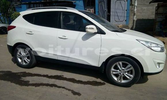 Acheter Occasion Voiture Hyundai ix35 Blanc à Abidjan au Abidjan