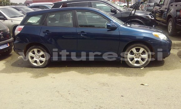 Acheter Occasion Voiture Toyota Auris Bleu à Abidjan au Abidjan