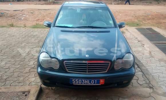 Acheter Occasion Voiture Mercedes‒Benz KOMPRESSOR Bleu à Abidjan au Abidjan