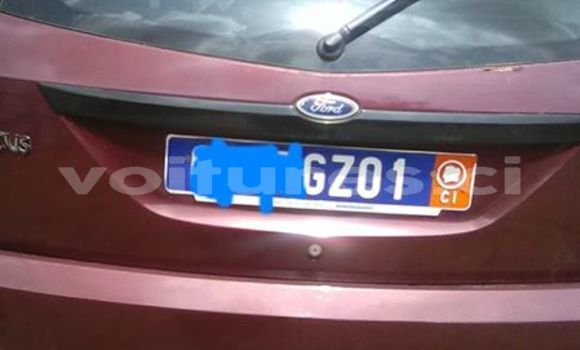 Acheter Occasions Voiture Ford Focus Rouge à Abidjan au Abidjan