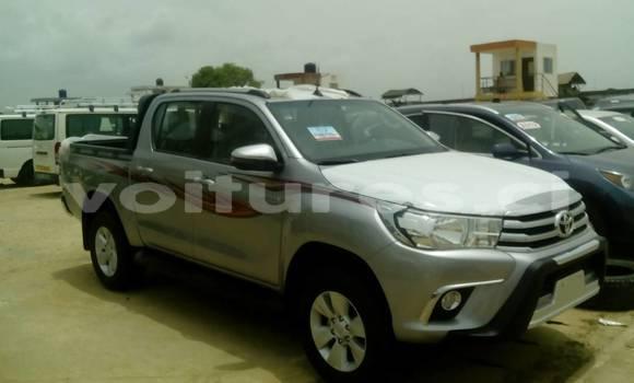 Acheter Occasion Voiture Toyota Hilux Gris à Abidjan au Abidjan
