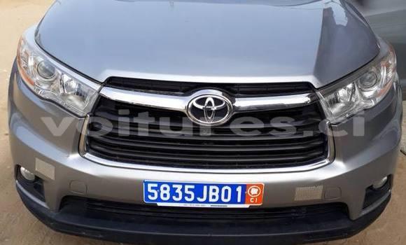 Acheter Occasion Voiture Toyota Highlander Gris à Abidjan, Abidjan