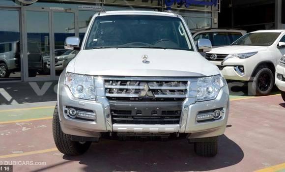 Acheter Neuf Voiture Mitsubishi Pajero Blanc à Abidjan, Abidjan