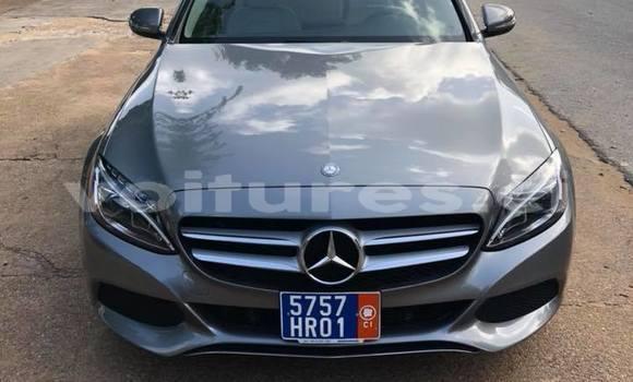 Acheter Occasion Voiture Mercedes‒Benz 300-Series Gris à Abidjan au Abidjan