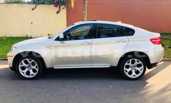Acheter Neuf Voiture BMW X6 Blanc à Abidjan au Abidjan