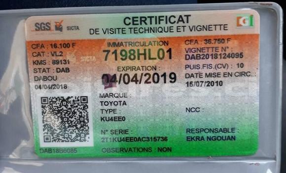 Acheter Occasion Voiture Toyota Matrix Gris à Abidjan au Abidjan