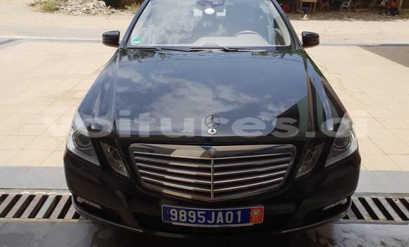 Acheter Occasion Voiture Mercedes‒Benz E–Class Noir à Abidjan, Abidjan