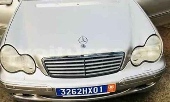Acheter Occasion Voiture Mercedes‒Benz C-Class Gris à Abidjan au Abidjan