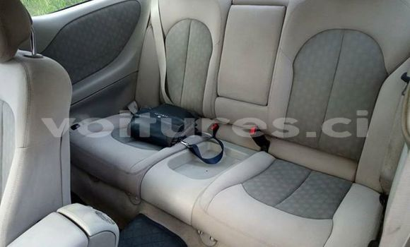 Acheter Occasion Voiture Mercedes‒Benz CLK-Class Gris à Abidjan au Abidjan