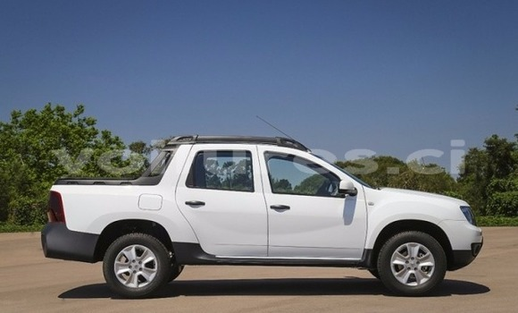 Acheter Occasion Voiture Renault Duster Blanc à Abidjan au Abidjan