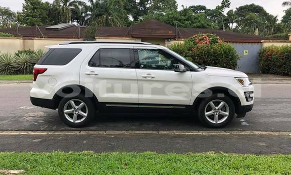 Acheter Occasion Voiture Ford Explorer Blanc à Abidjan au Abidjan
